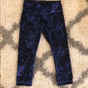 lululemon Crop Leggings- Size 6